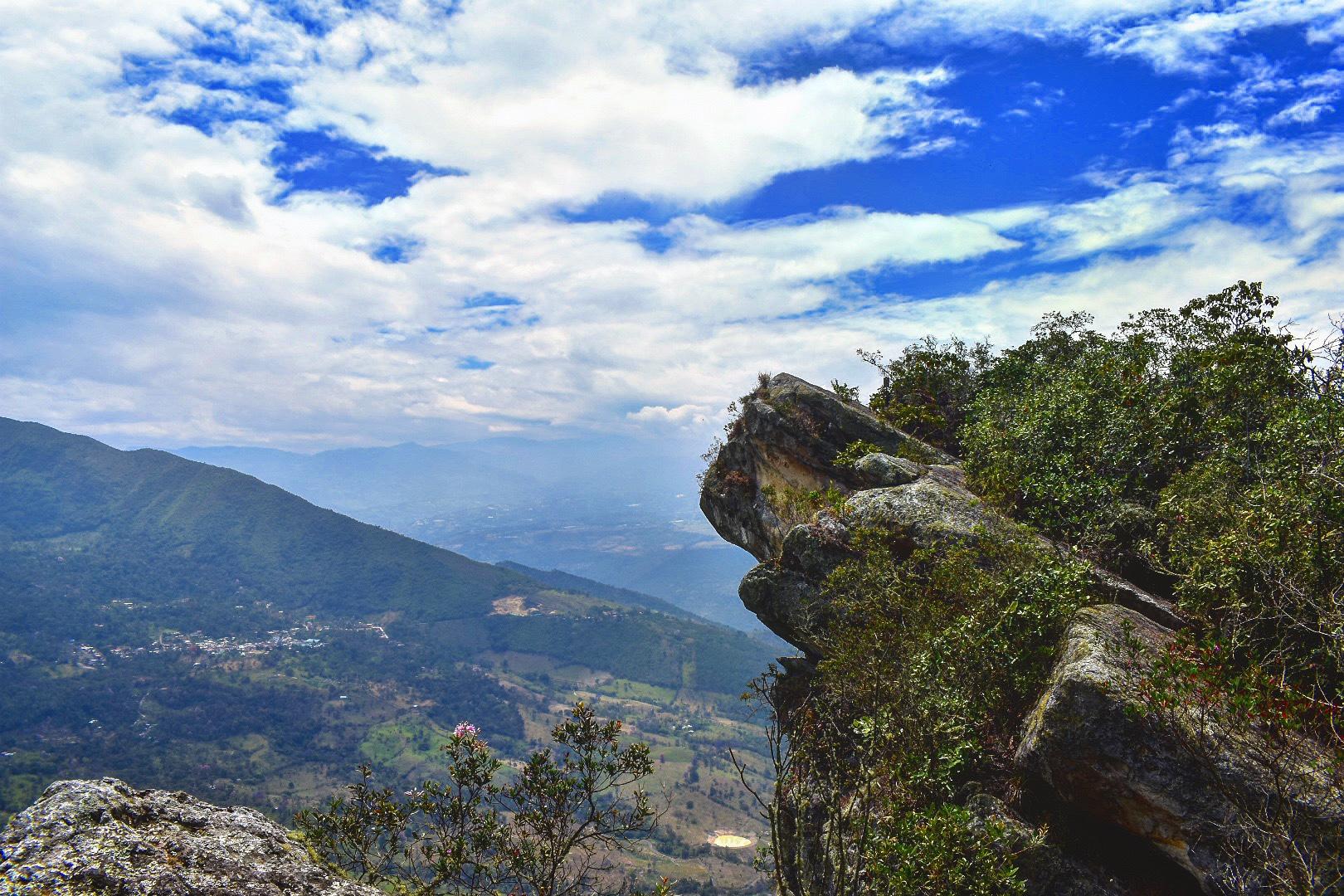Cerro Quininí, Bogota, Colombia